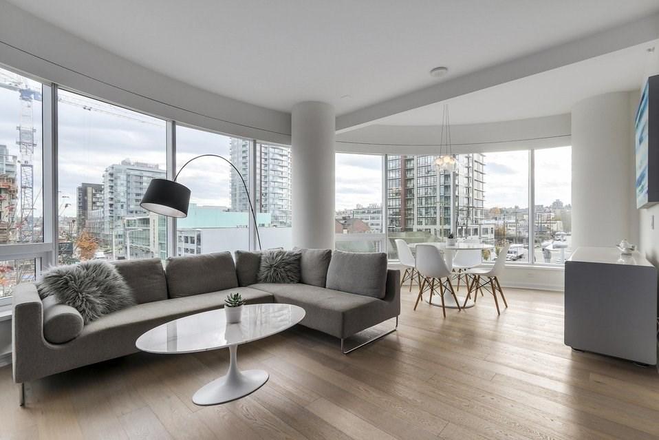 Condo Apartment at 407 1661 ONTARIO STREET, Unit 407, Vancouver West, British Columbia. Image 4