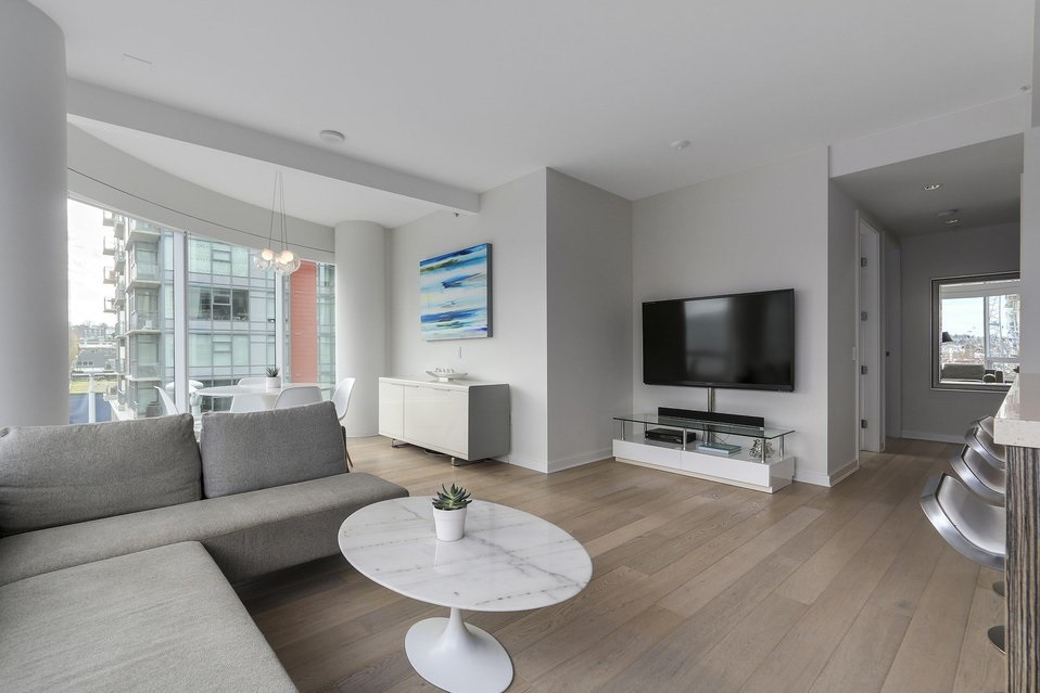 Condo Apartment at 407 1661 ONTARIO STREET, Unit 407, Vancouver West, British Columbia. Image 5