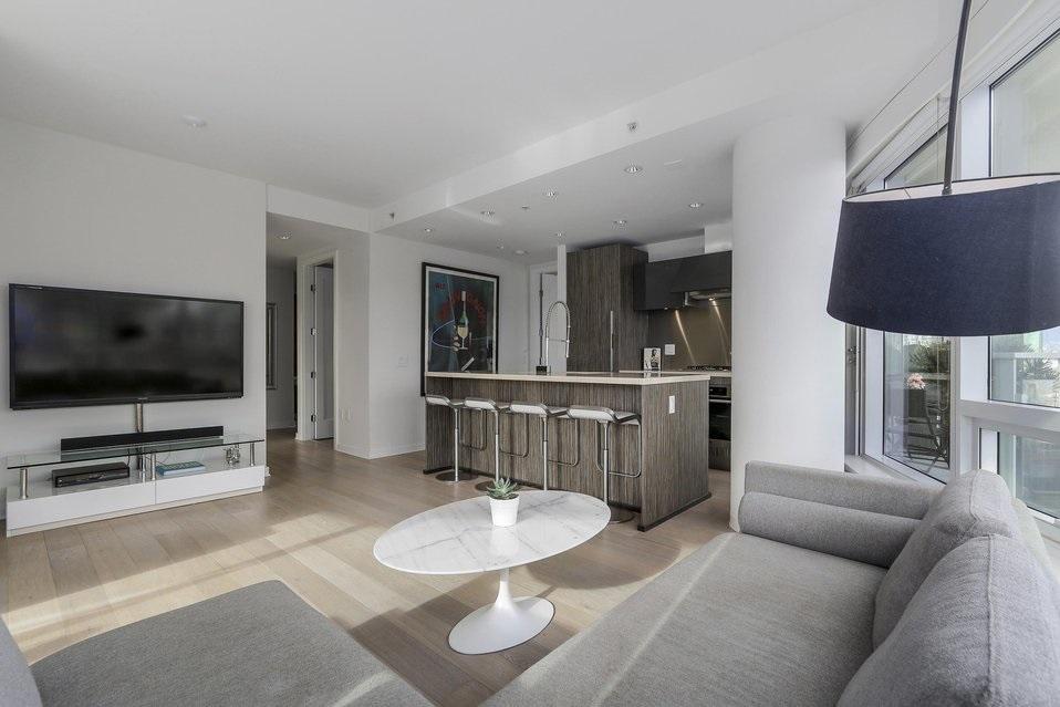 Condo Apartment at 407 1661 ONTARIO STREET, Unit 407, Vancouver West, British Columbia. Image 6
