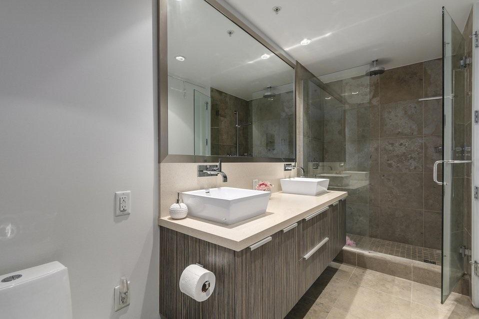 Condo Apartment at 407 1661 ONTARIO STREET, Unit 407, Vancouver West, British Columbia. Image 9