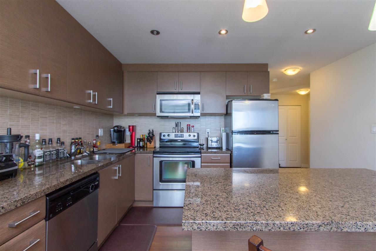 Condo Apartment at 605 12069 HARRIS ROAD, Unit 605, Pitt Meadows, British Columbia. Image 3
