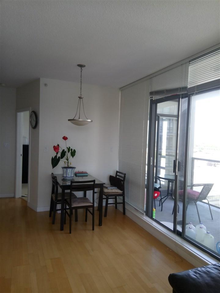 Condo Apartment at 1001 7360 ELMBRIDGE WAY, Unit 1001, Richmond, British Columbia. Image 4