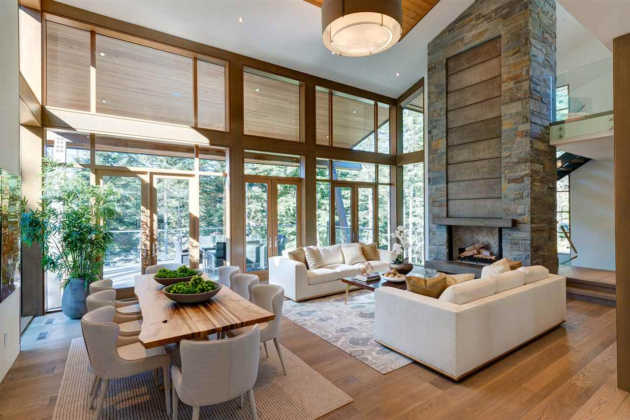 Detached at 2927 ANCIENT CEDARS LANE, Whistler, British Columbia. Image 1