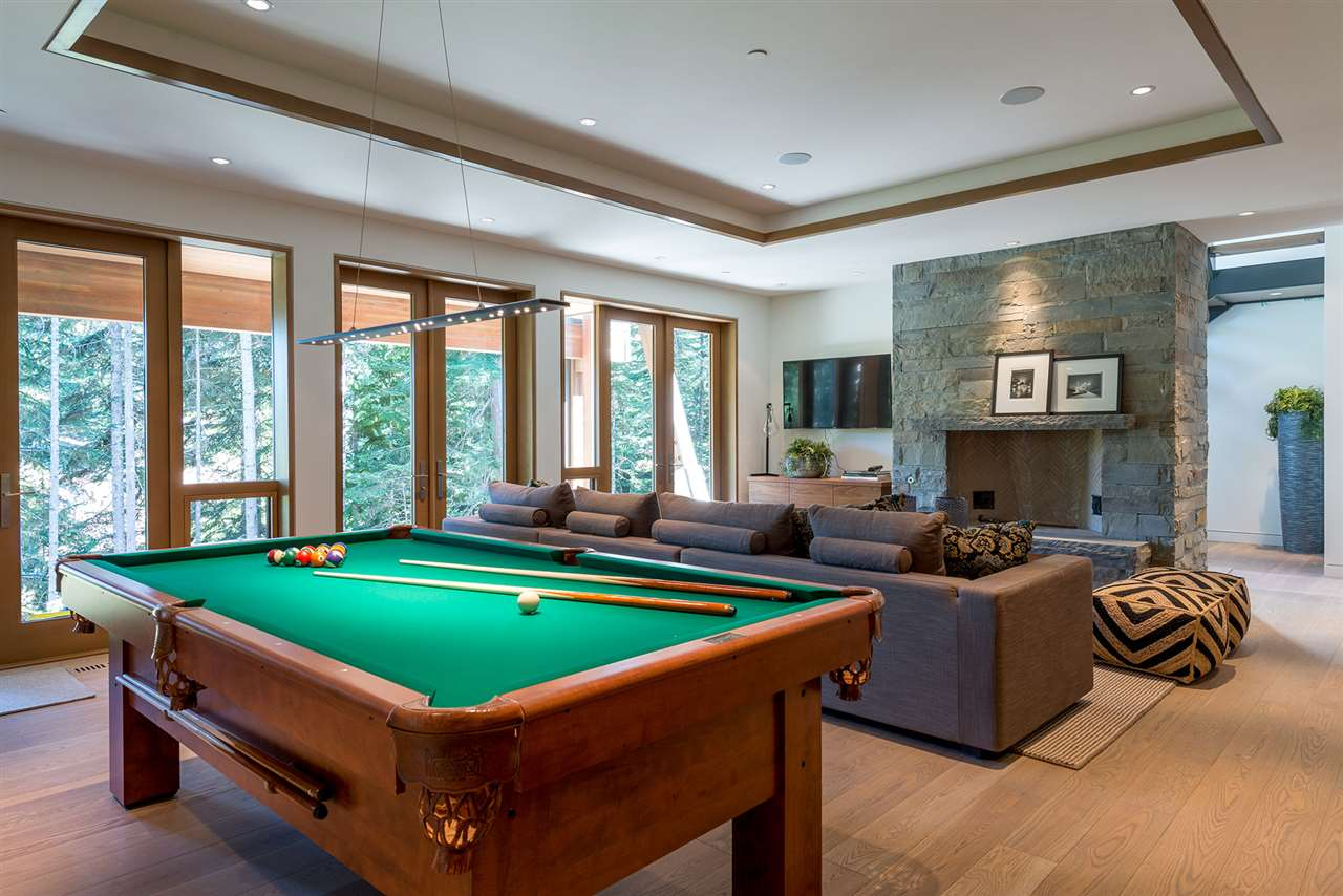 Detached at 2927 ANCIENT CEDARS LANE, Whistler, British Columbia. Image 10