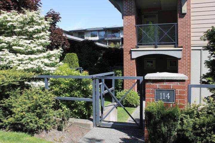 Condo Apartment at 114 1787 154 STREET, Unit 114, South Surrey White Rock, British Columbia. Image 1