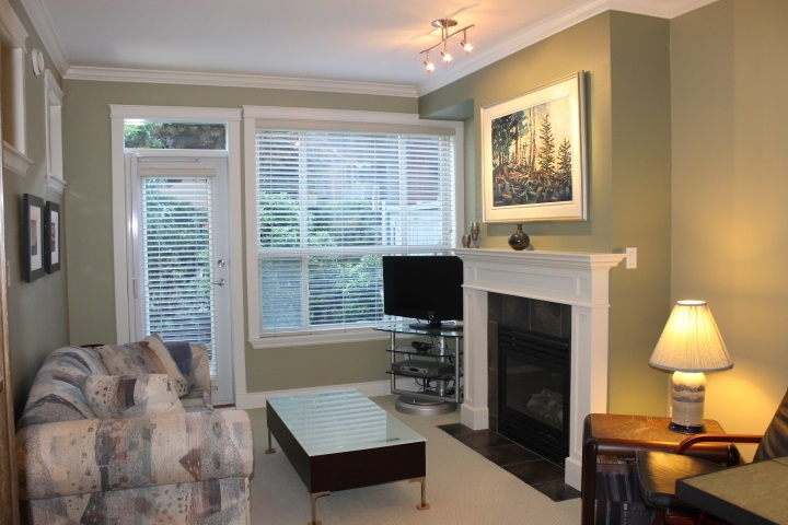 Condo Apartment at 114 1787 154 STREET, Unit 114, South Surrey White Rock, British Columbia. Image 8