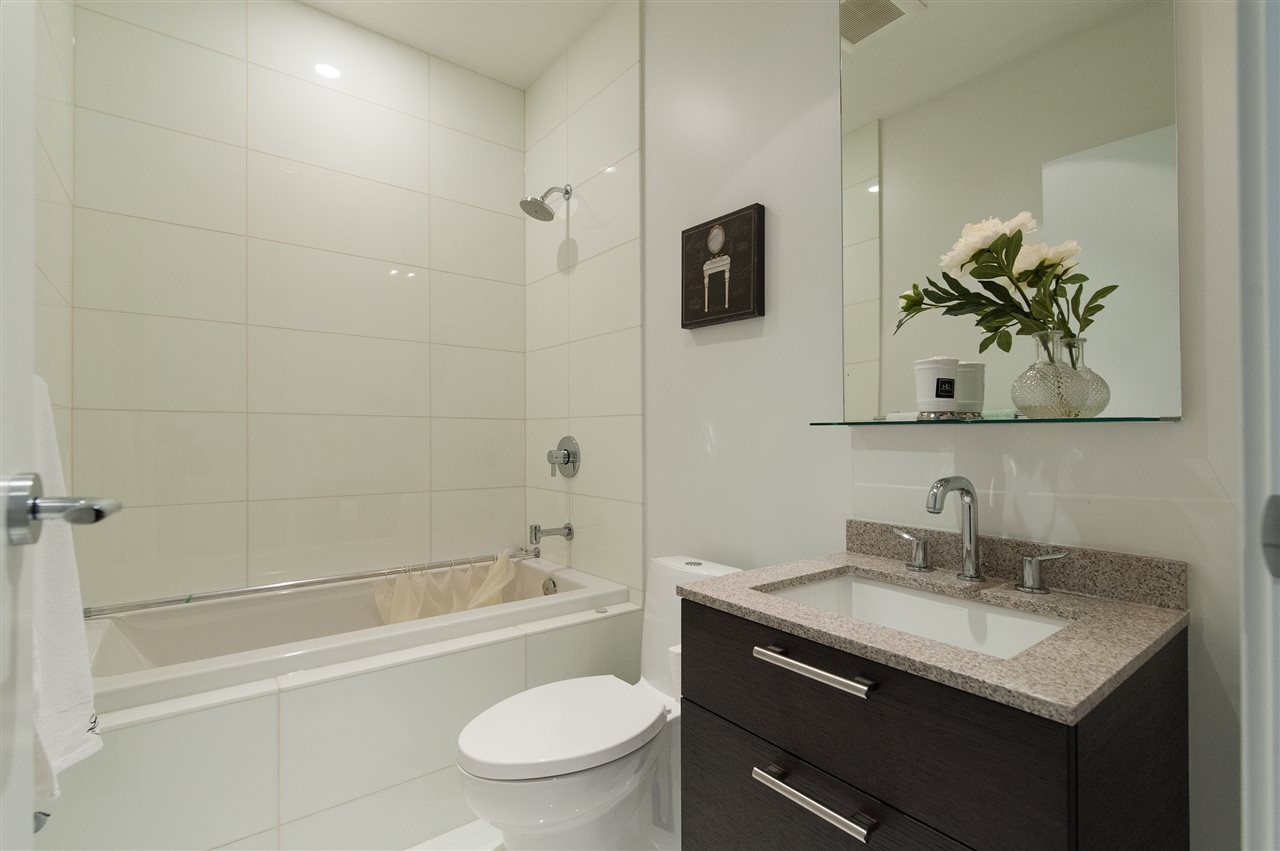 Condo Apartment at 102 5131 BRIGHOUSE WAY, Unit 102, Richmond, British Columbia. Image 12