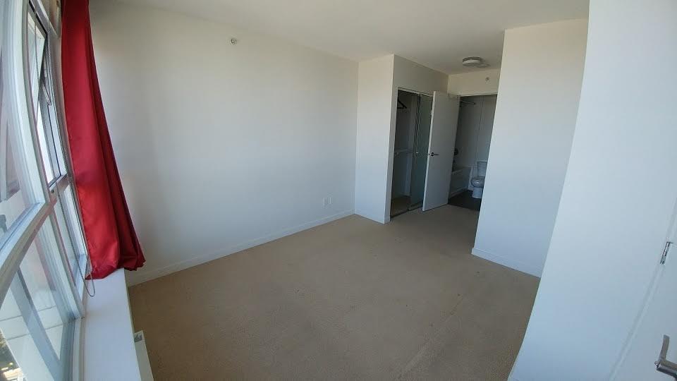 Condo Apartment at 3505 13325 102A AVENUE, Unit 3505, North Surrey, British Columbia. Image 8