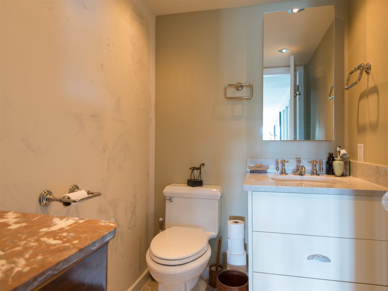 Condo Apartment at 302 2091 VINE STREET, Unit 302, Vancouver West, British Columbia. Image 17