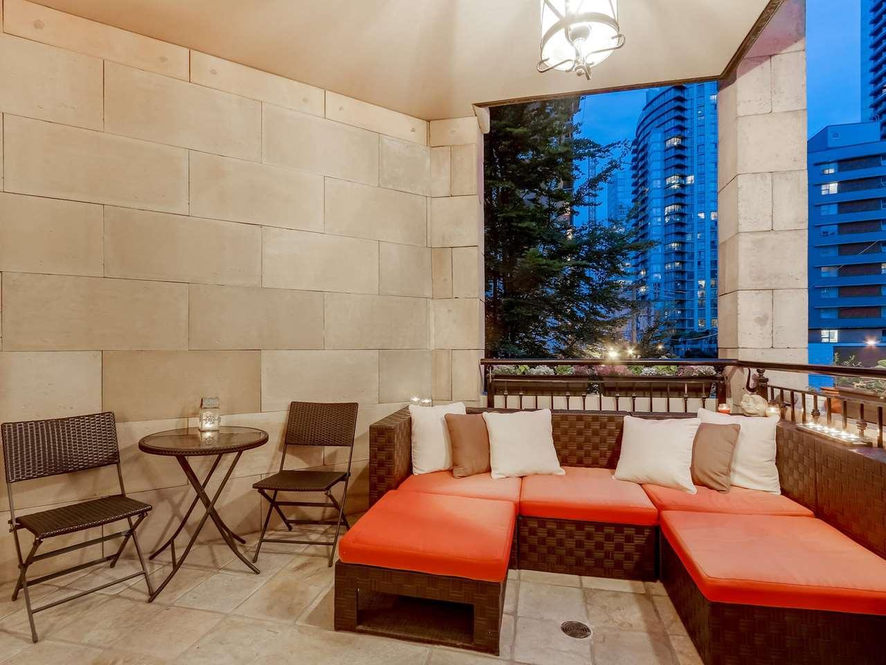 Condo Apartment at 403 499 DRAKE STREET, Unit 403, Vancouver West, British Columbia. Image 13