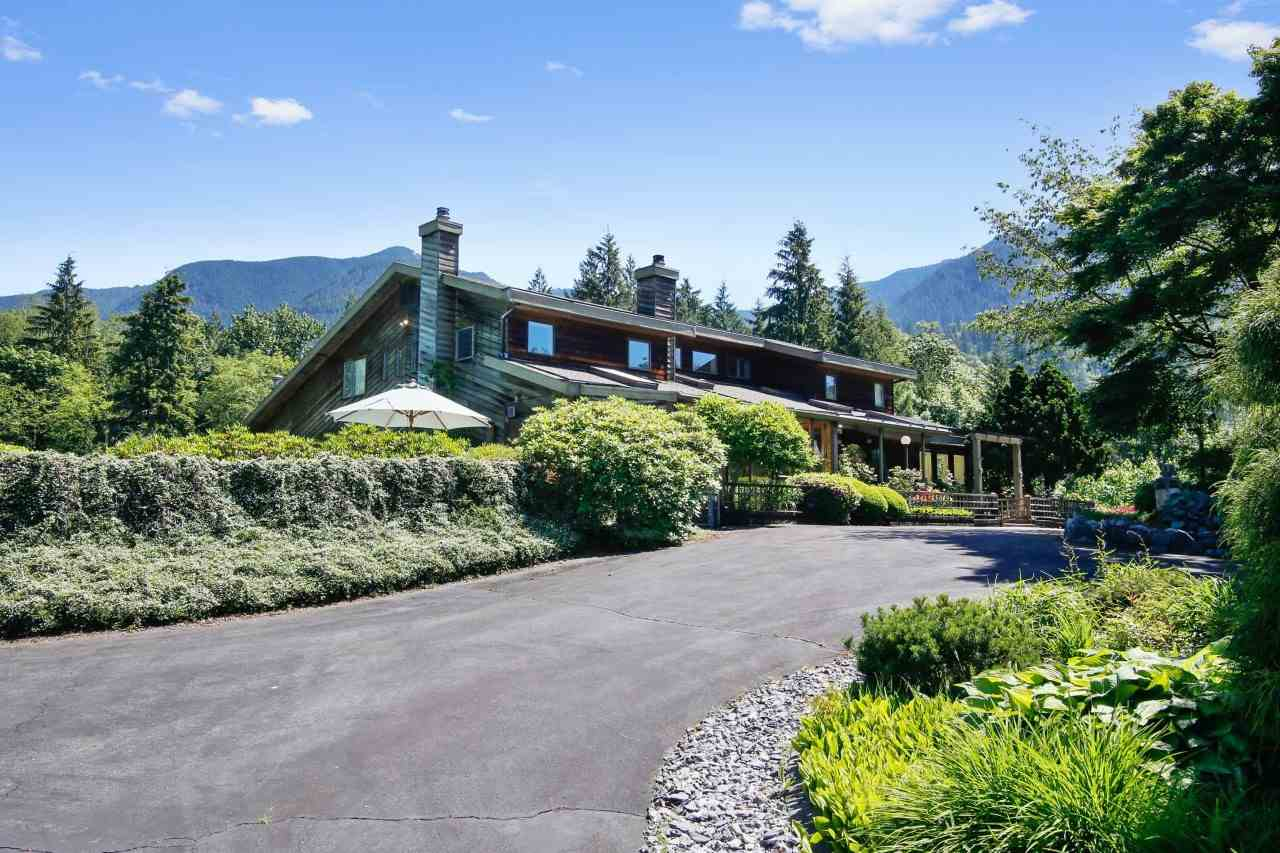 Detached at 35801 DURIEU ROAD, Mission, British Columbia. Image 1