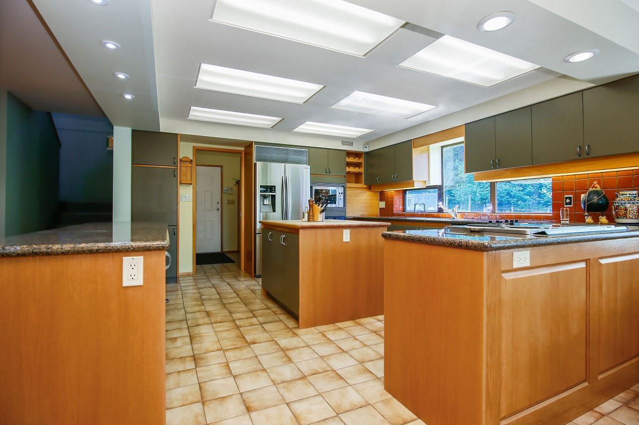 Detached at 35801 DURIEU ROAD, Mission, British Columbia. Image 5