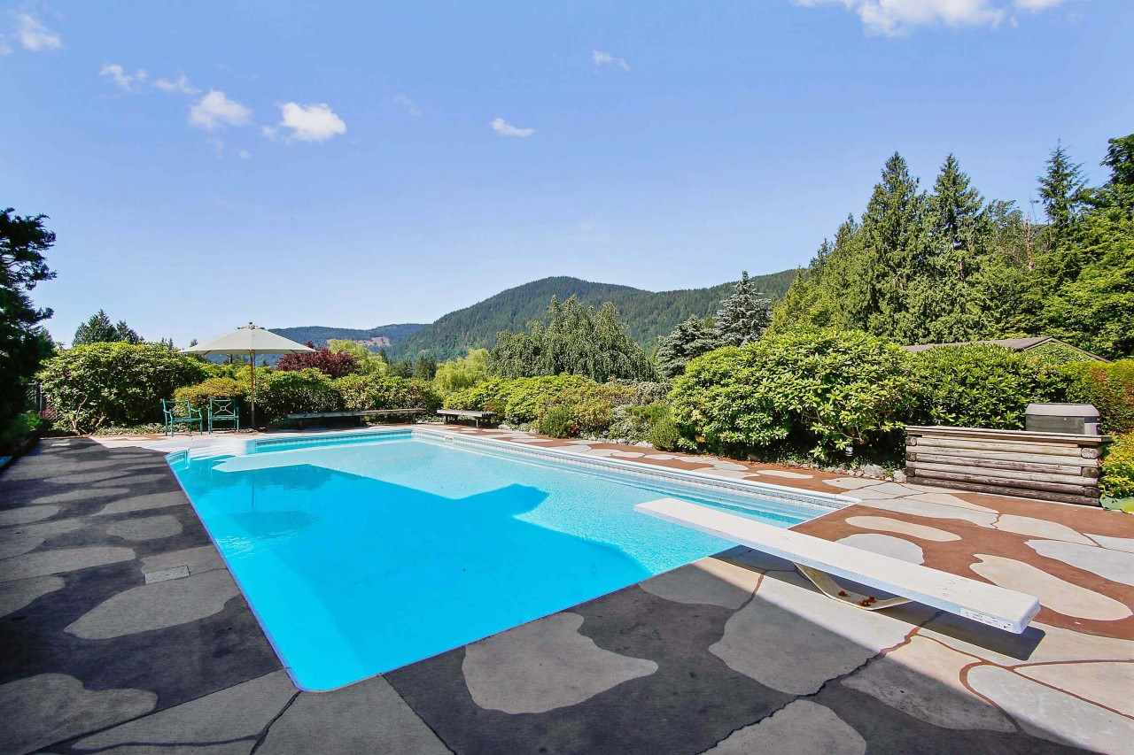 Detached at 35801 DURIEU ROAD, Mission, British Columbia. Image 20