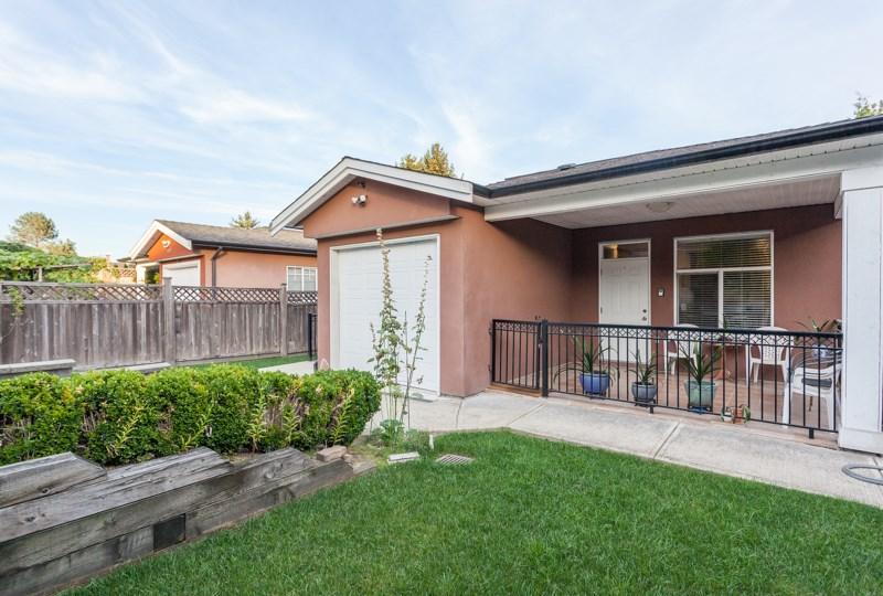 Half-duplex at 8123 10TH AVENUE, Burnaby East, British Columbia. Image 20