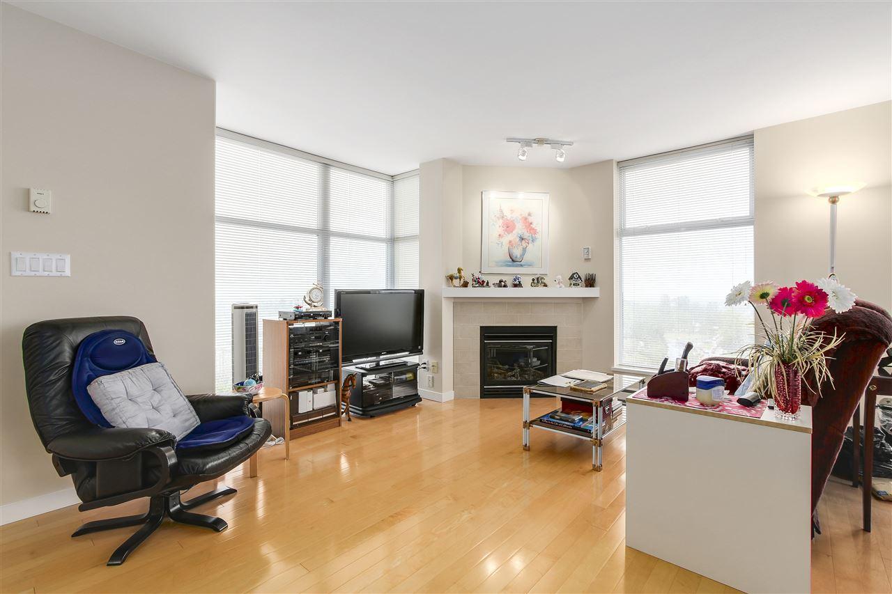Condo Apartment at 1502 8460 GRANVILLE AVENUE, Unit 1502, Richmond, British Columbia. Image 2