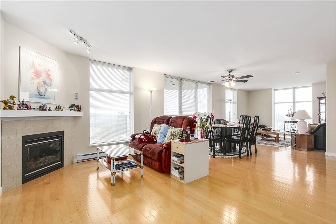 Condo Apartment at 1502 8460 GRANVILLE AVENUE, Unit 1502, Richmond, British Columbia. Image 3