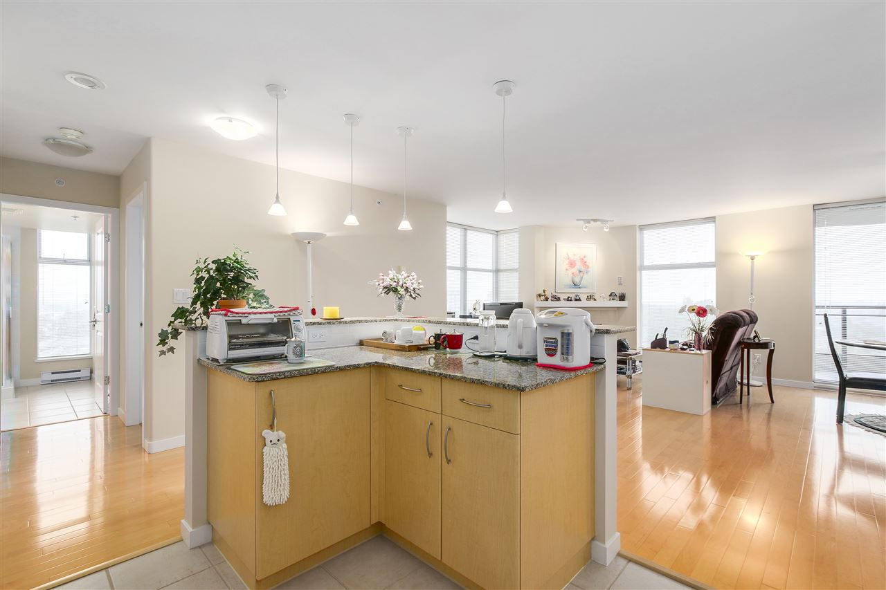 Condo Apartment at 1502 8460 GRANVILLE AVENUE, Unit 1502, Richmond, British Columbia. Image 8