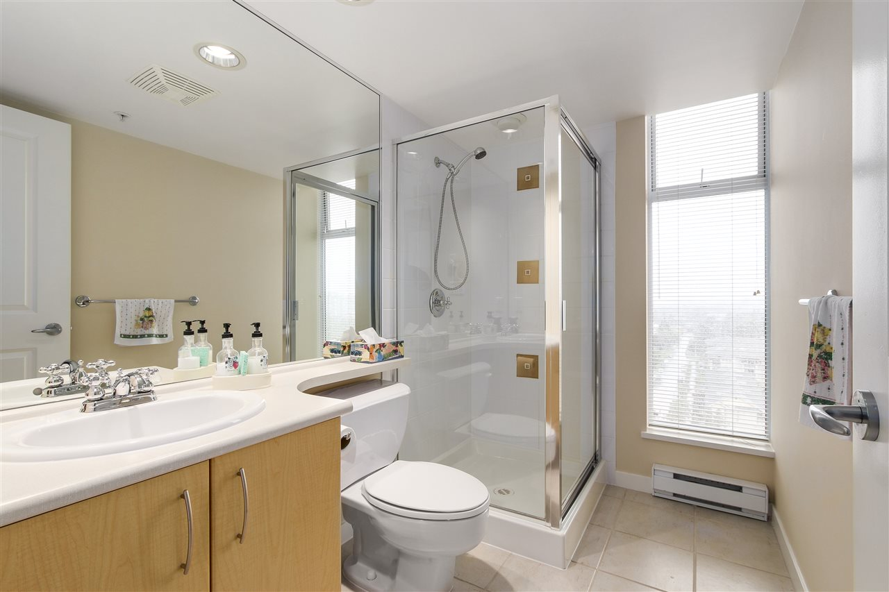 Condo Apartment at 1502 8460 GRANVILLE AVENUE, Unit 1502, Richmond, British Columbia. Image 13