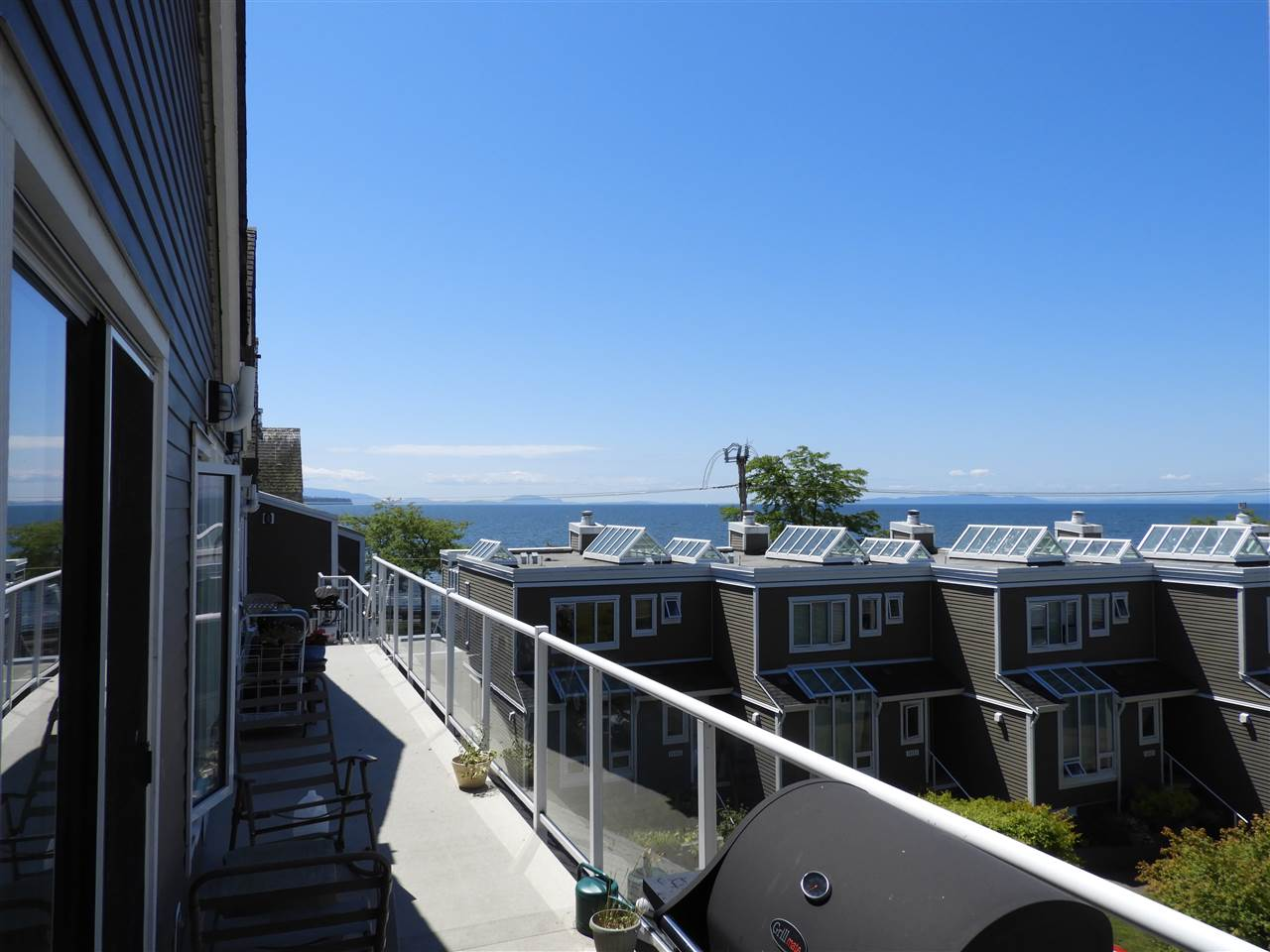 Townhouse at 1137 ELM STREET, South Surrey White Rock, British Columbia. Image 2