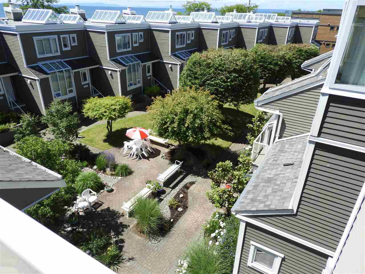 Townhouse at 1137 ELM STREET, South Surrey White Rock, British Columbia. Image 17