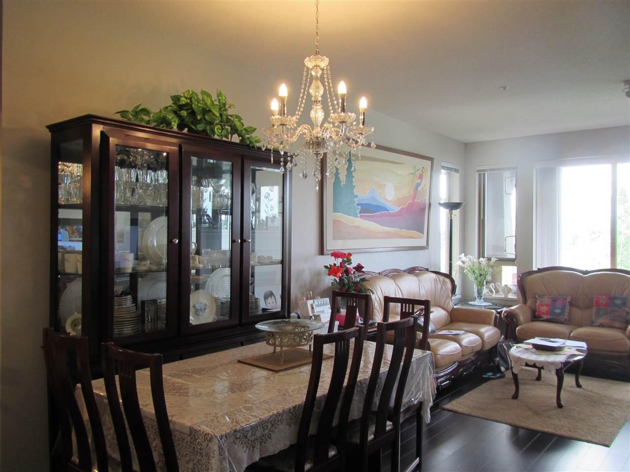Condo Apartment at 1418 5115 GARDEN CITY ROAD, Unit 1418, Richmond, British Columbia. Image 1
