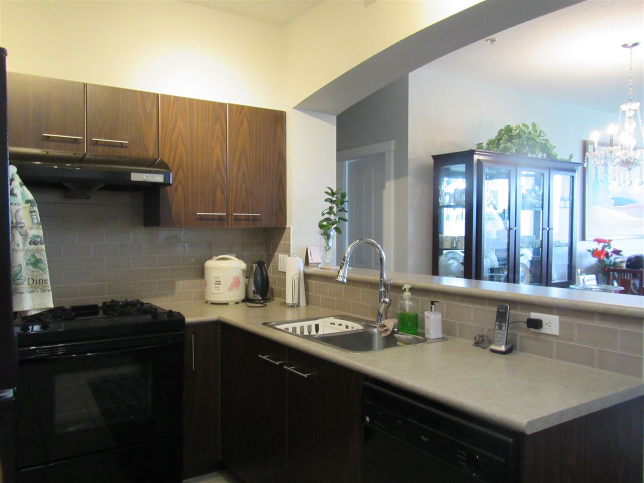 Condo Apartment at 1418 5115 GARDEN CITY ROAD, Unit 1418, Richmond, British Columbia. Image 4