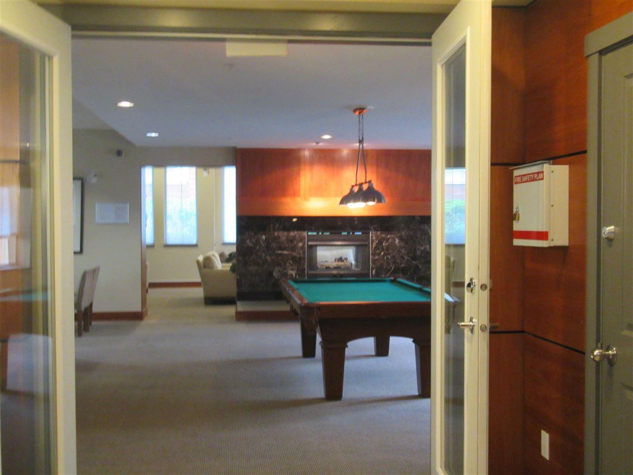 Condo Apartment at 1418 5115 GARDEN CITY ROAD, Unit 1418, Richmond, British Columbia. Image 9