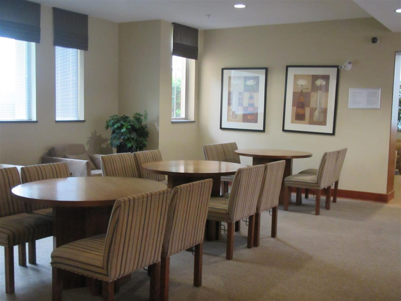 Condo Apartment at 1418 5115 GARDEN CITY ROAD, Unit 1418, Richmond, British Columbia. Image 13