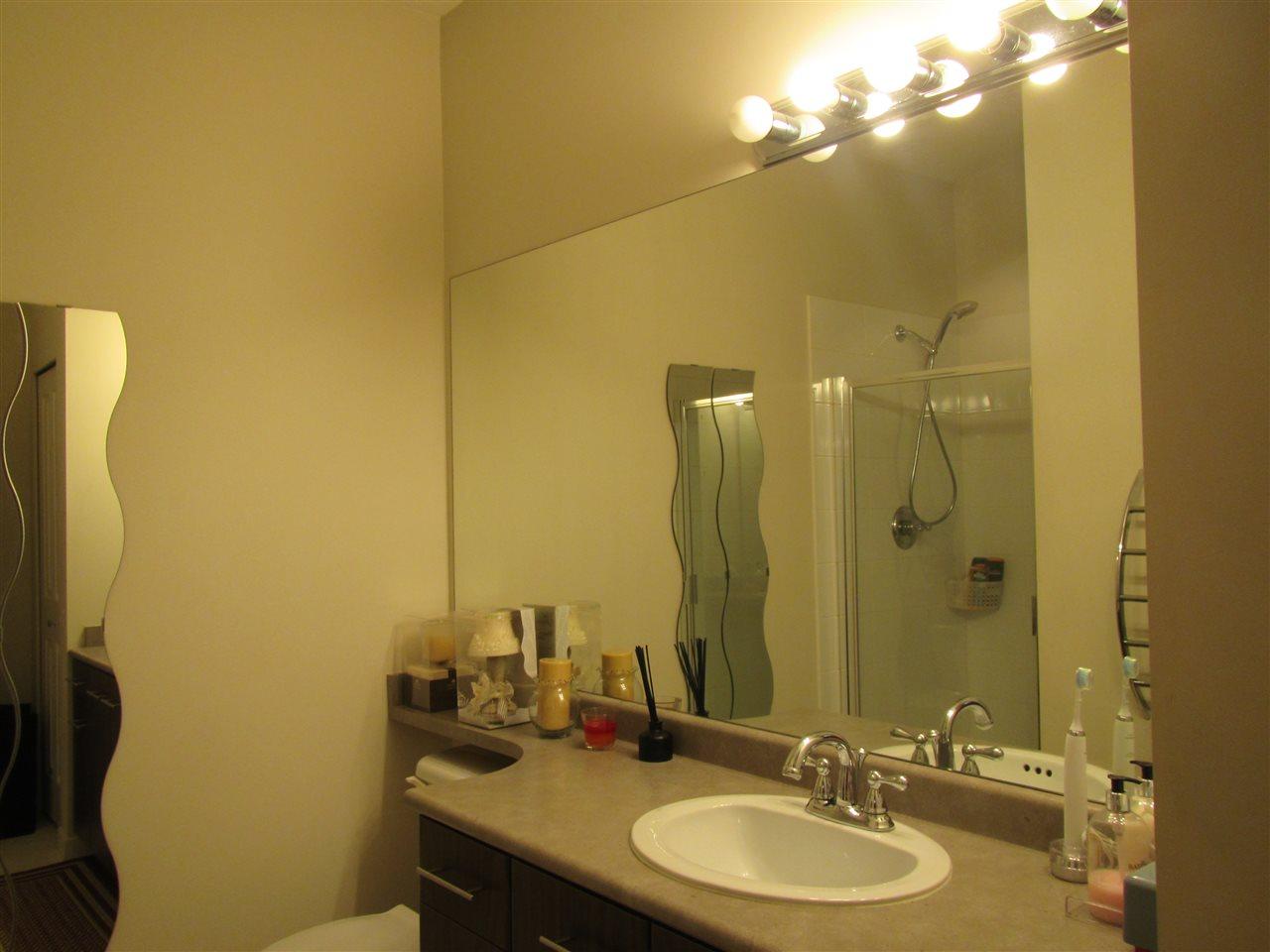 Condo Apartment at 1418 5115 GARDEN CITY ROAD, Unit 1418, Richmond, British Columbia. Image 18