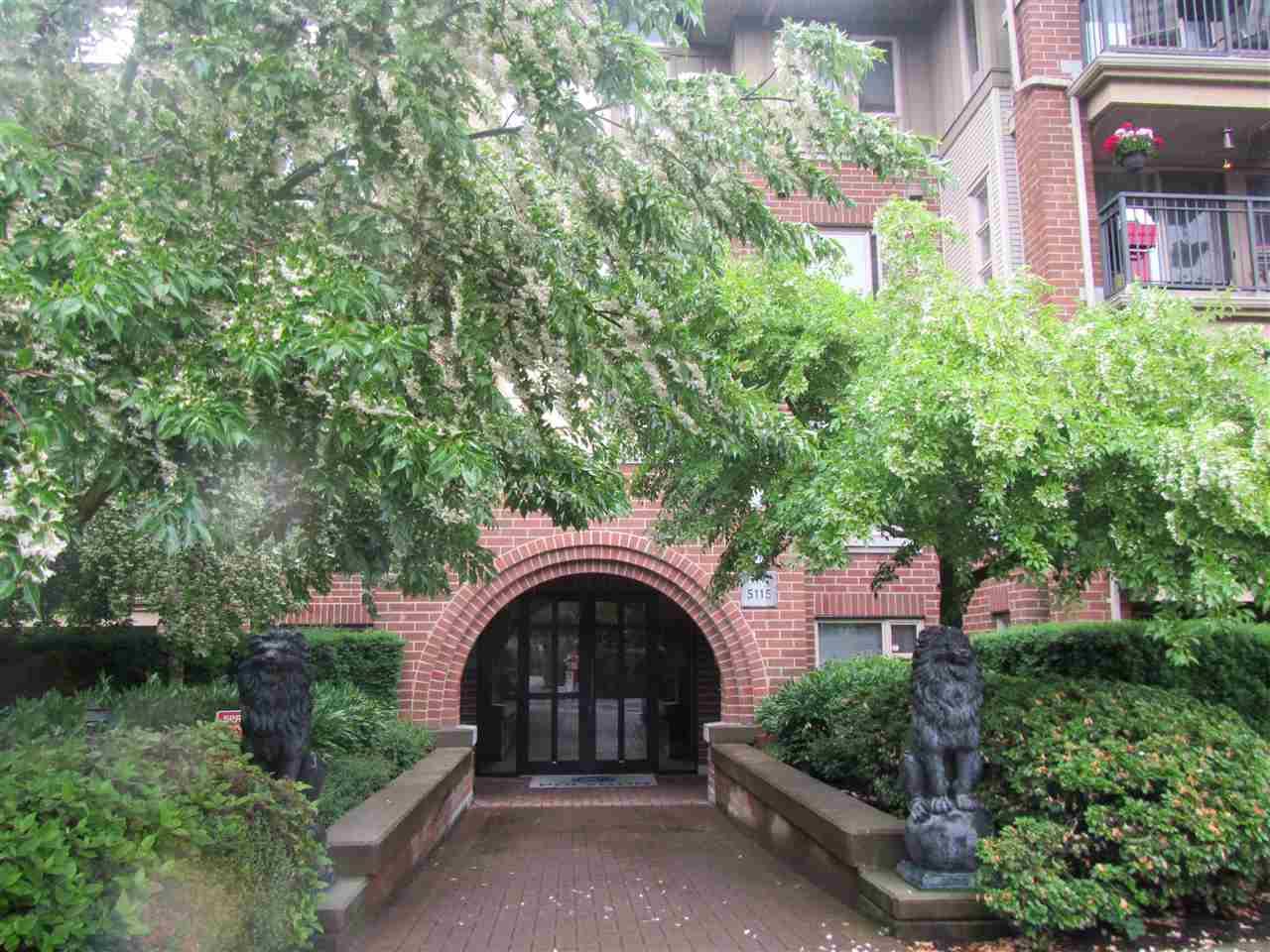 Condo Apartment at 1418 5115 GARDEN CITY ROAD, Unit 1418, Richmond, British Columbia. Image 20