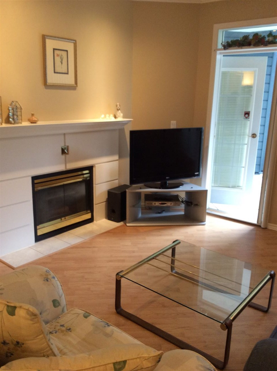 Condo Apartment at 124 12931 RAILWAY AVENUE, Unit 124, Richmond, British Columbia. Image 3