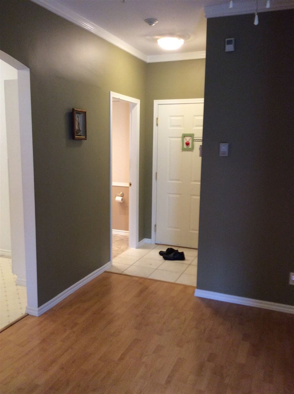 Condo Apartment at 124 12931 RAILWAY AVENUE, Unit 124, Richmond, British Columbia. Image 6