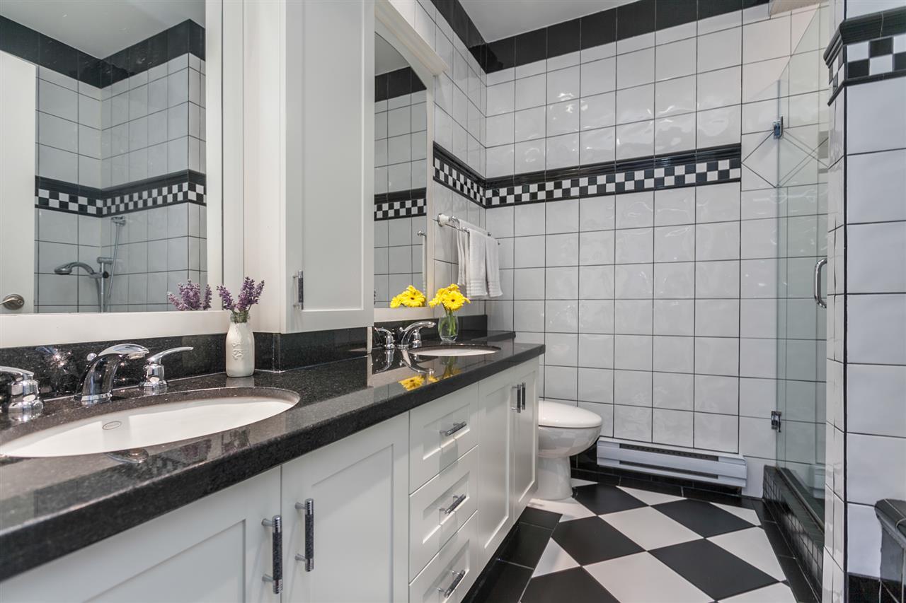 Condo Apartment at PH501 1230 HAMILTON STREET, Unit PH501, Vancouver West, British Columbia. Image 6