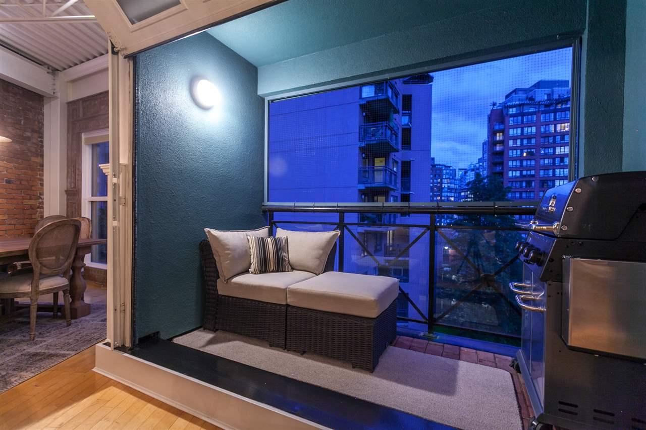 Condo Apartment at PH501 1230 HAMILTON STREET, Unit PH501, Vancouver West, British Columbia. Image 9