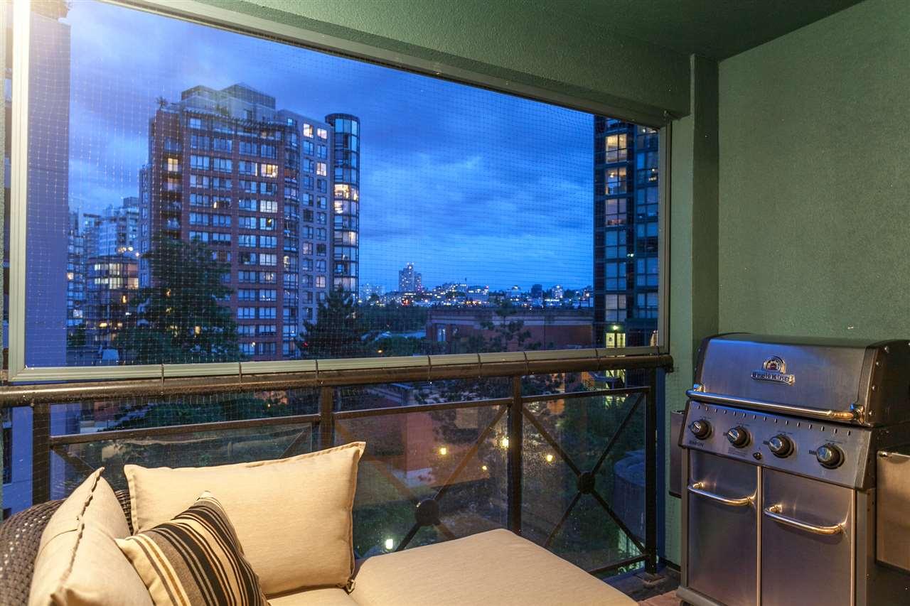 Condo Apartment at PH501 1230 HAMILTON STREET, Unit PH501, Vancouver West, British Columbia. Image 10