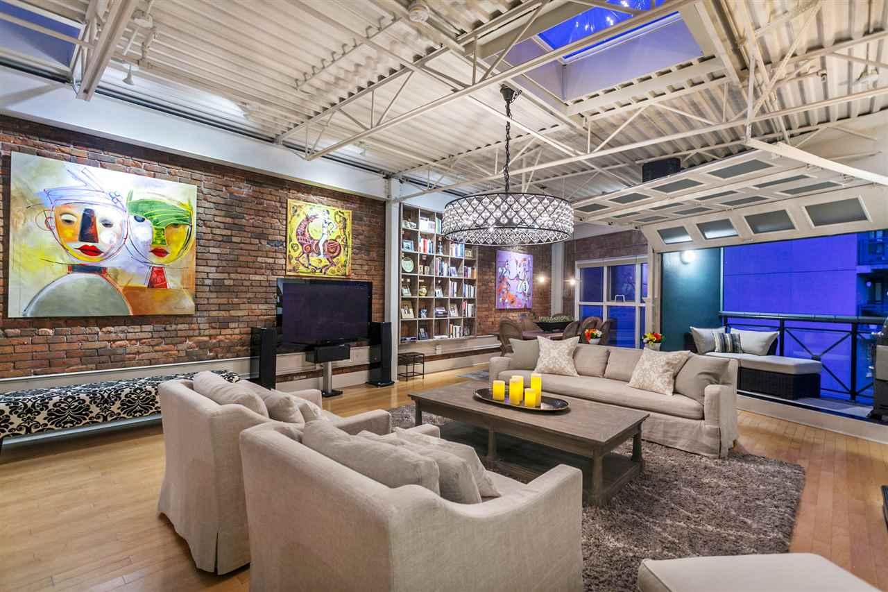 Condo Apartment at PH501 1230 HAMILTON STREET, Unit PH501, Vancouver West, British Columbia. Image 11