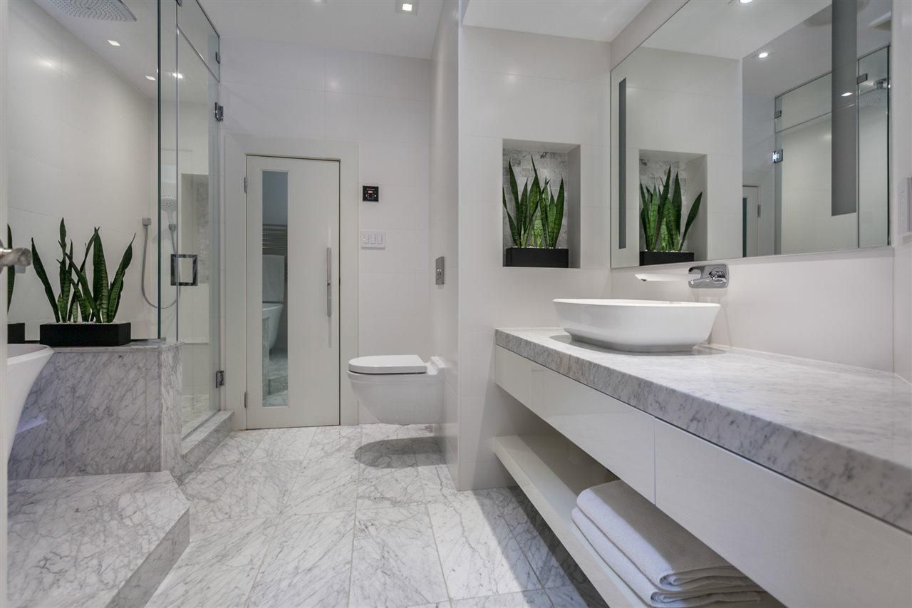 Condo Apartment at PH501 1230 HAMILTON STREET, Unit PH501, Vancouver West, British Columbia. Image 15