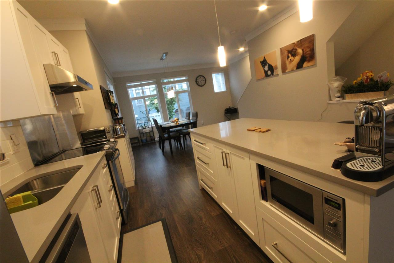 Townhouse at 80 5858 142 STREET, Unit 80, Surrey, British Columbia. Image 7