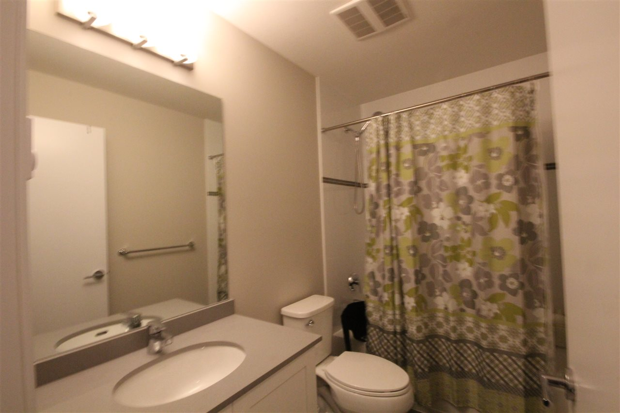 Townhouse at 80 5858 142 STREET, Unit 80, Surrey, British Columbia. Image 12