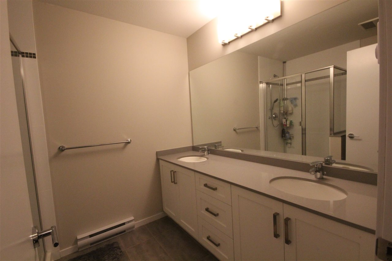 Townhouse at 80 5858 142 STREET, Unit 80, Surrey, British Columbia. Image 13