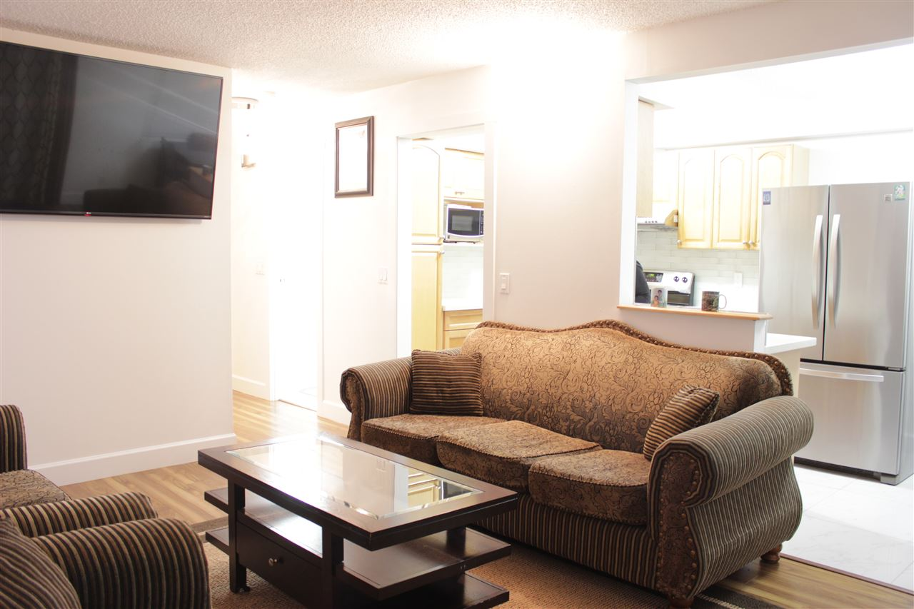 Half-duplex at 13502 79A AVENUE, Surrey, British Columbia. Image 6