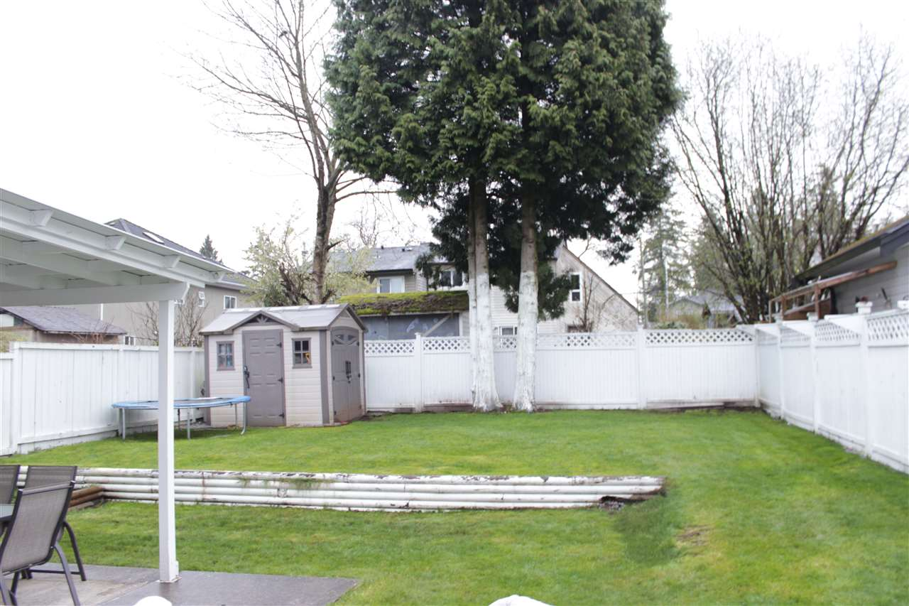 Half-duplex at 13502 79A AVENUE, Surrey, British Columbia. Image 20