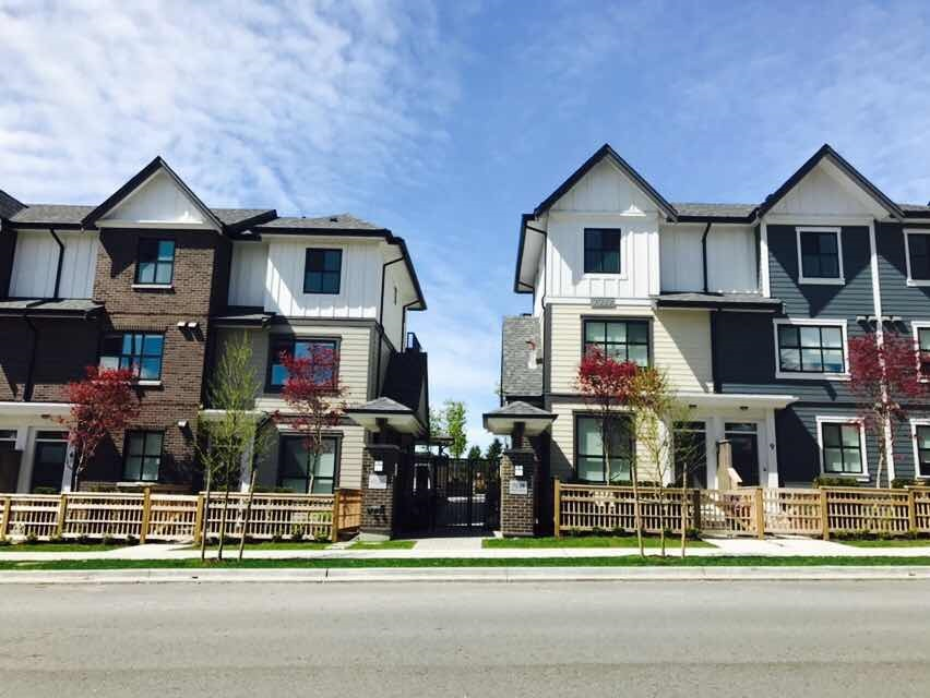 Townhouse at 24 7039 MACPHERSON AVENUE, Unit 24, Burnaby South, British Columbia. Image 2
