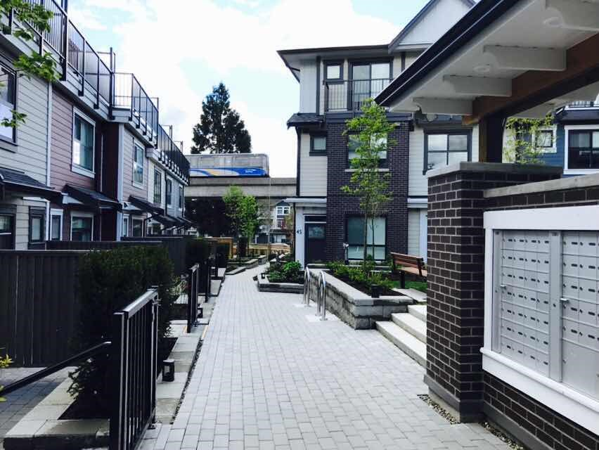 Townhouse at 24 7039 MACPHERSON AVENUE, Unit 24, Burnaby South, British Columbia. Image 4