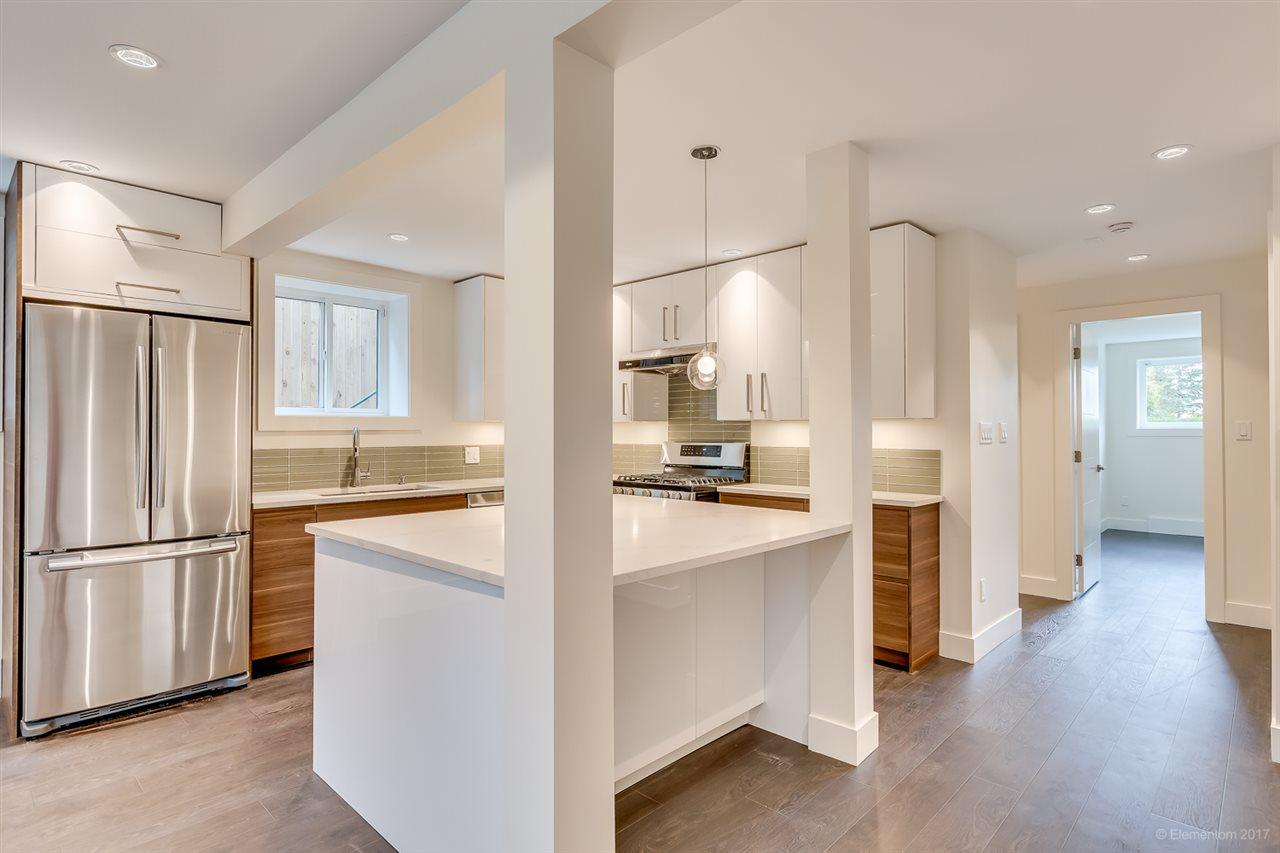 Half-duplex at 384 E 4TH STREET, North Vancouver, British Columbia. Image 7