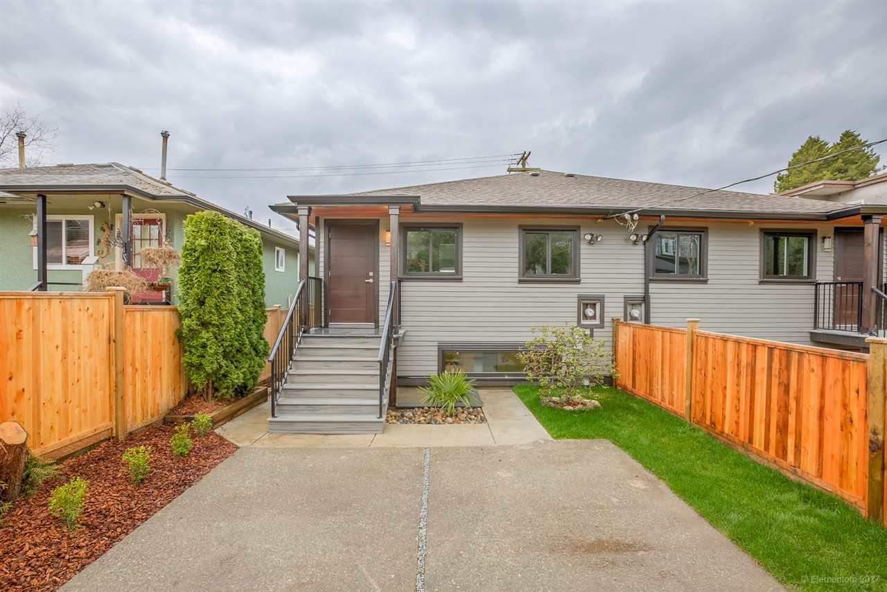 Half-duplex at 384 E 4TH STREET, North Vancouver, British Columbia. Image 16