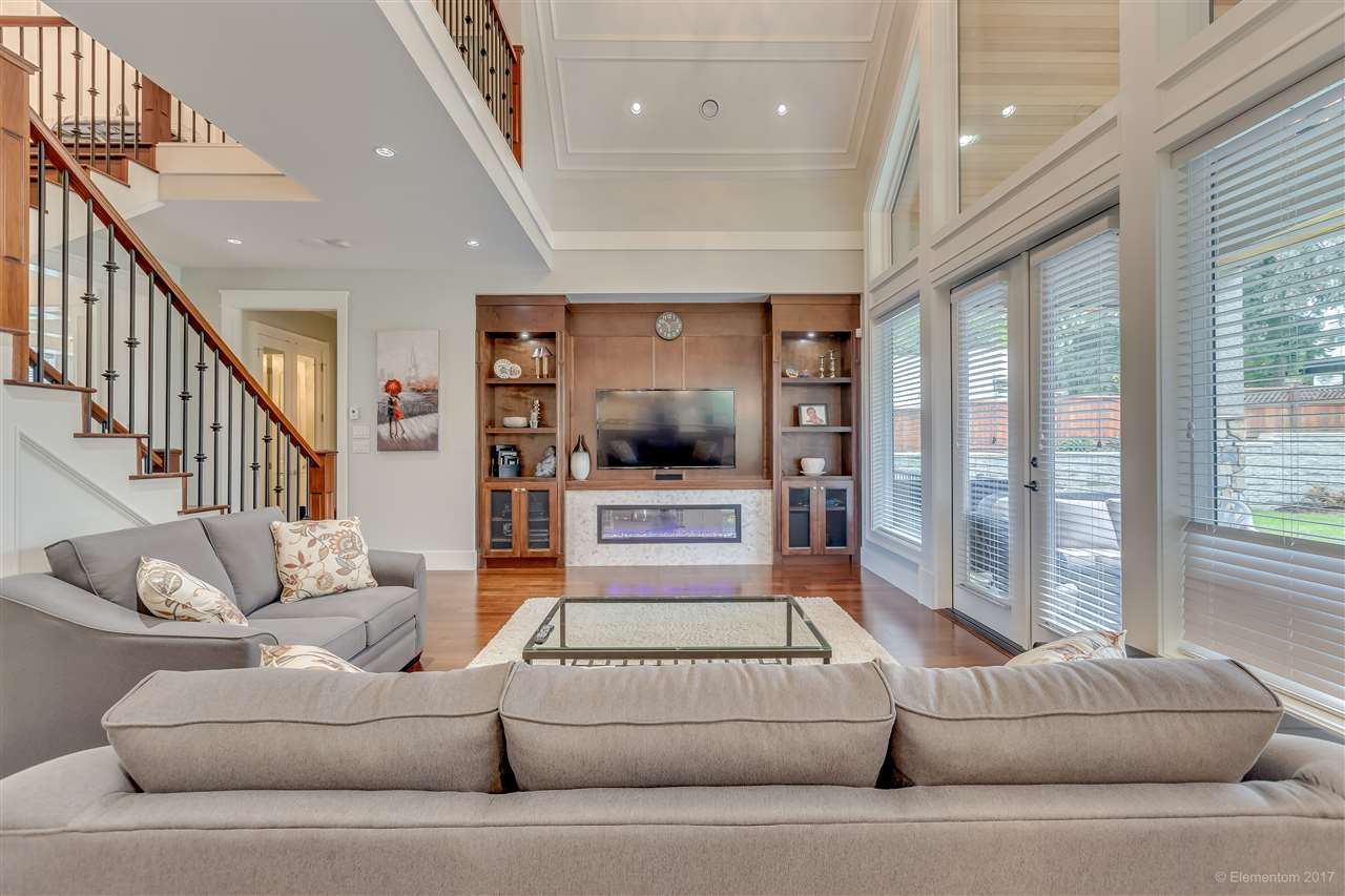 Detached at 3749 PORTLAND STREET, Burnaby South, British Columbia. Image 7