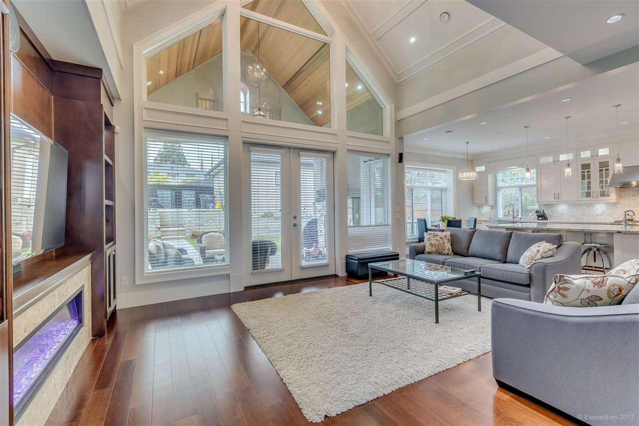 Detached at 3749 PORTLAND STREET, Burnaby South, British Columbia. Image 8