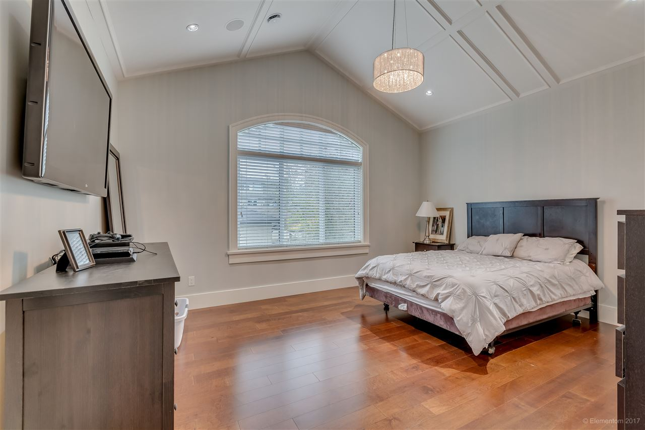 Detached at 3749 PORTLAND STREET, Burnaby South, British Columbia. Image 11