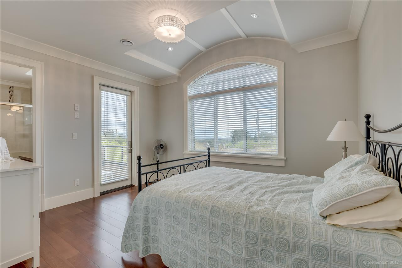 Detached at 3749 PORTLAND STREET, Burnaby South, British Columbia. Image 13